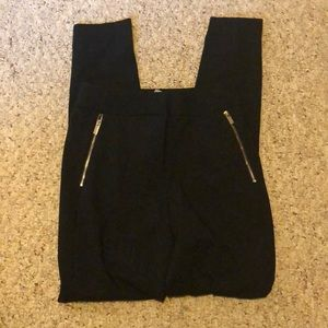 Black jegging styled dress pants size 2